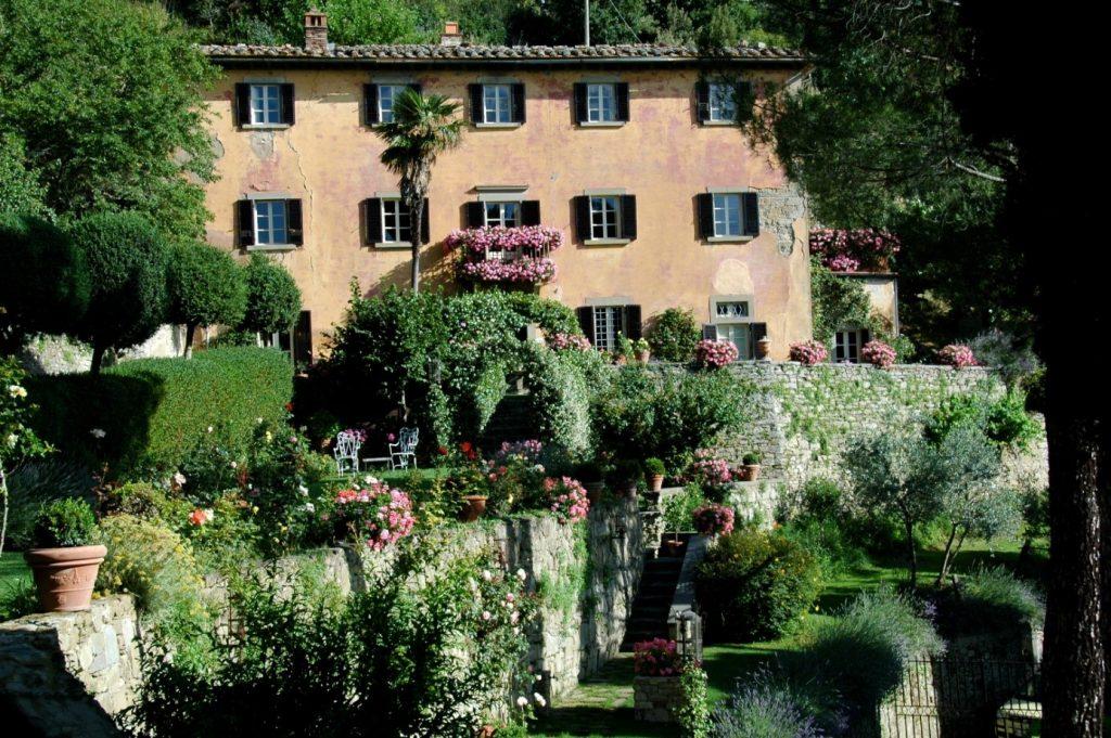 Брамасолe – къщата-мечта на Франсис Мейс