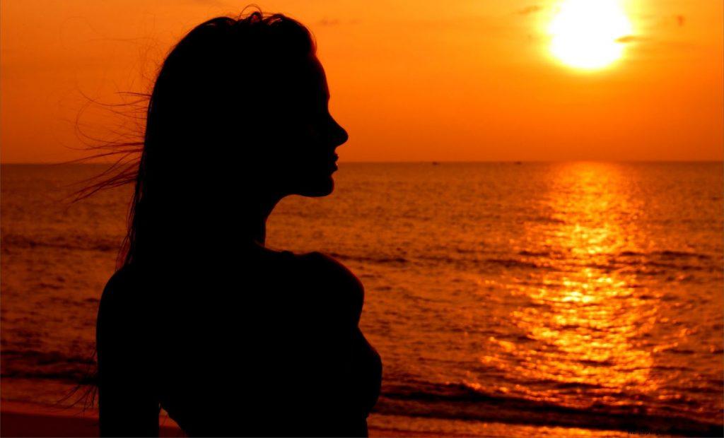 mermaid-girl-sunset-sea